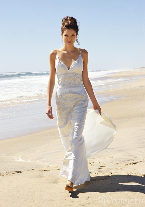 e305e4d310636d3c_simple-beach-wedding-gowns[1]