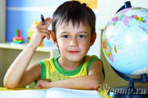 Когда ребенка отдавать в школу?