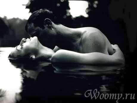 Секс в воде на отдыхе