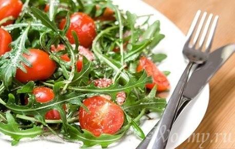 рецепт салата из рукколы с помидорами черри